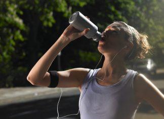 Boire de l'eau sport
